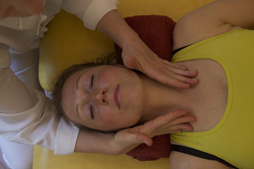 Viso-collo-decolleté-testa massage